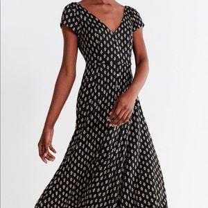 UO Marlena Button down Midi Dress size XS